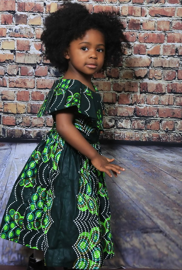 "Flared green dress ""cheri doudou"" for princess"